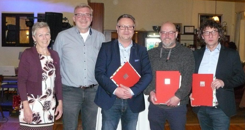 Ehrung, SPD Mitgliedschaft, Jubiläum, Dienstzeit, Gründungsmitglied, alte TAnte SPD