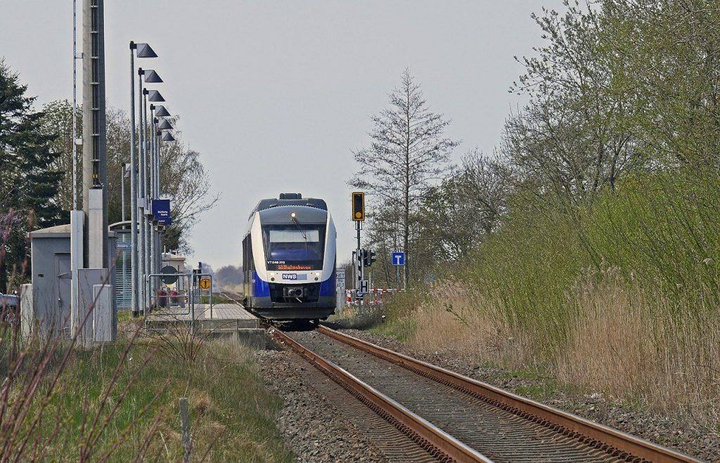 ÖPNV, Öffentlicher Personennahverkehr, Elektrifizierung, Co2 Reduzierung, Wasserstofftechnik, Brennstoffzellentechnik, Nord-West-Bahn,